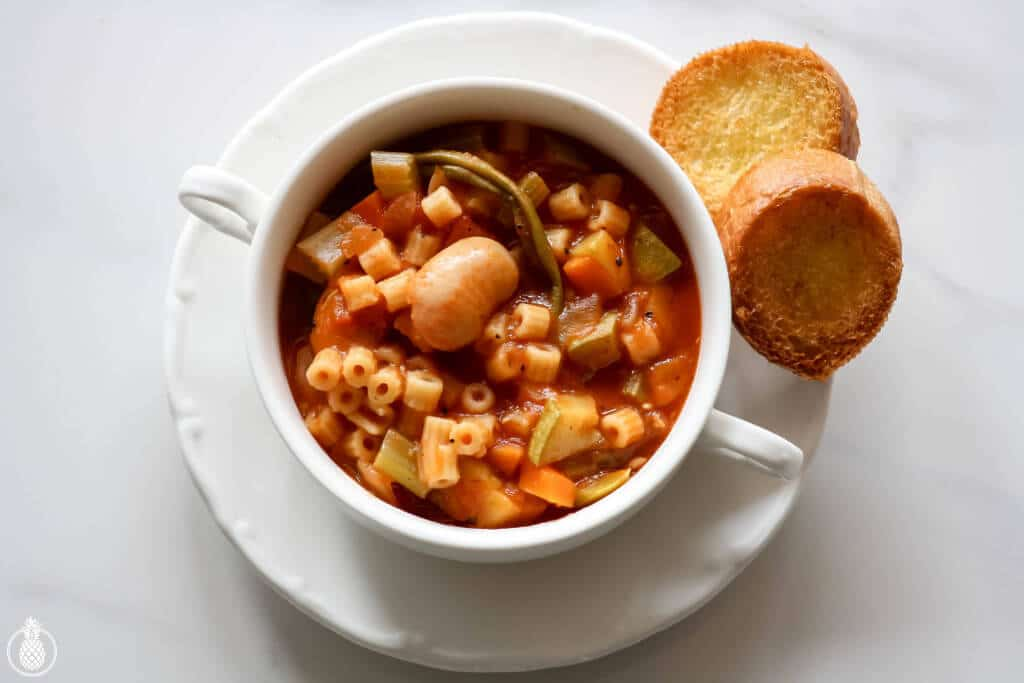 Homemade Minestrone Soup Recipe || מתכון למרק מינסטרונה בייתי-