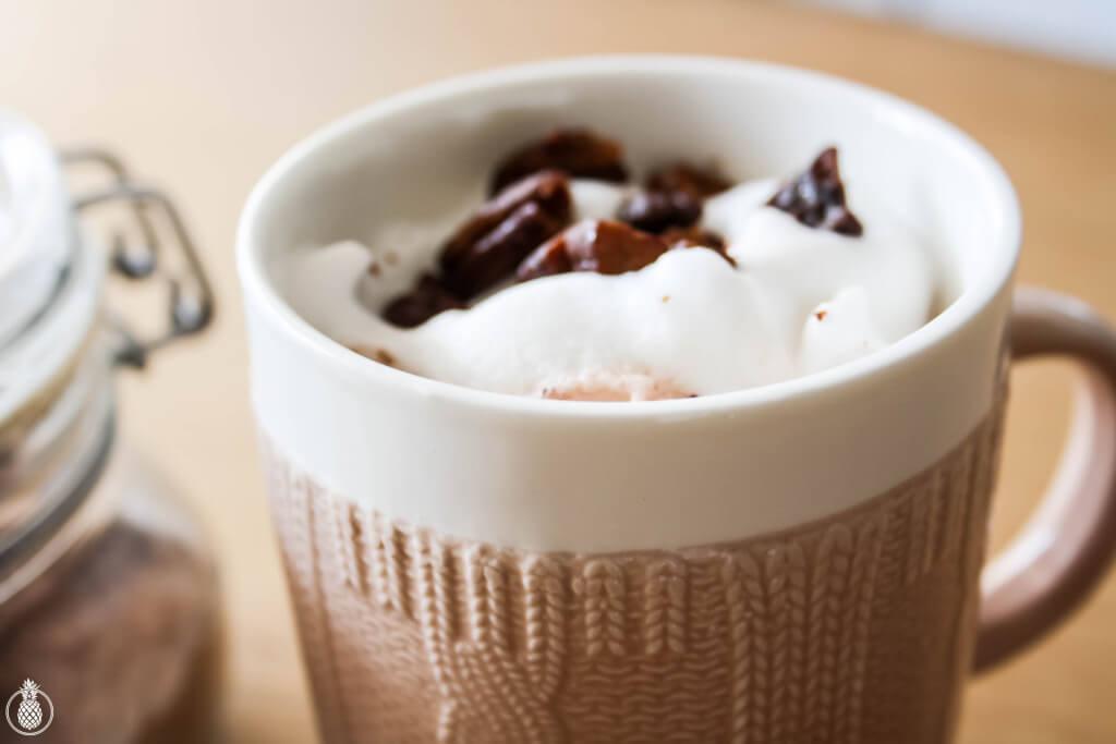 Kind-Of-Healthy Spiced Hot Chocolate mix Perfect For Winter Days || מתכון לאבקת שוקו מתובלת ובריאה {יחסית לזו הקנויה} במיוחד לימי החורף הקרירים