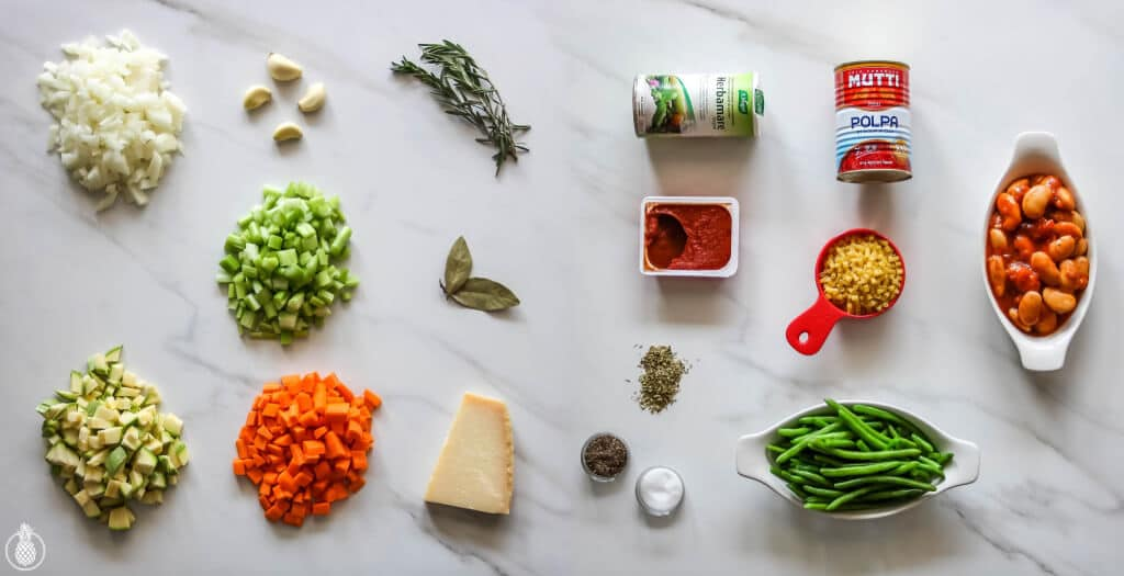 Homemade-Minestrone-Soup-Recipe-מתכון-למרק-מינסטרונה-בייתי-1-copy